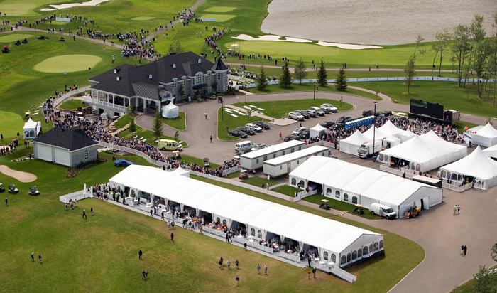 tents-clear-span-structures-event-tents-tentes-pour-evenements-structures