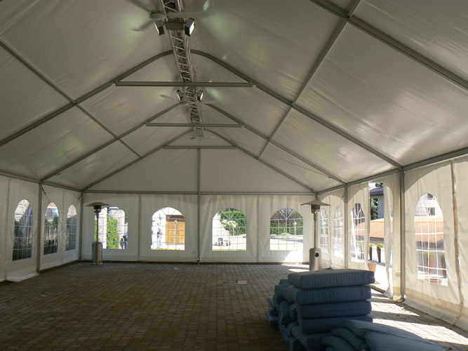 solarsys/clear-span-structure-tents-event-tents-tentes-structures-autoportantes-tentes-et-structures-pour-evenements
